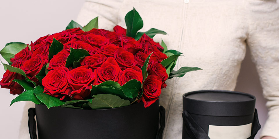 Gift Boxed Red Roses